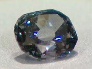 [=?iso-8859-1?Q?Mus=E9e_Smithsonian_-_Les_diamants_font_la_paire-730611.jpg?=]