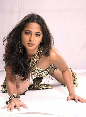 Anushka Hot Sexy Photo Stills