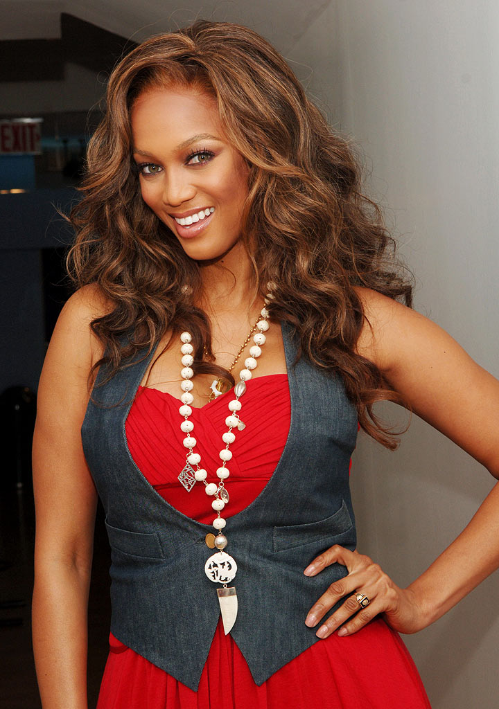 tyra banks modeling poses. tyra banks modeling poses. Seen modeling young women of