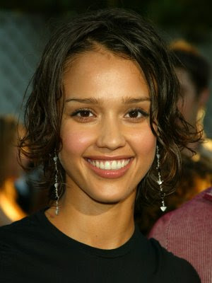 jessica alba hairstyles in honey. Jessica Alba Hair Styles