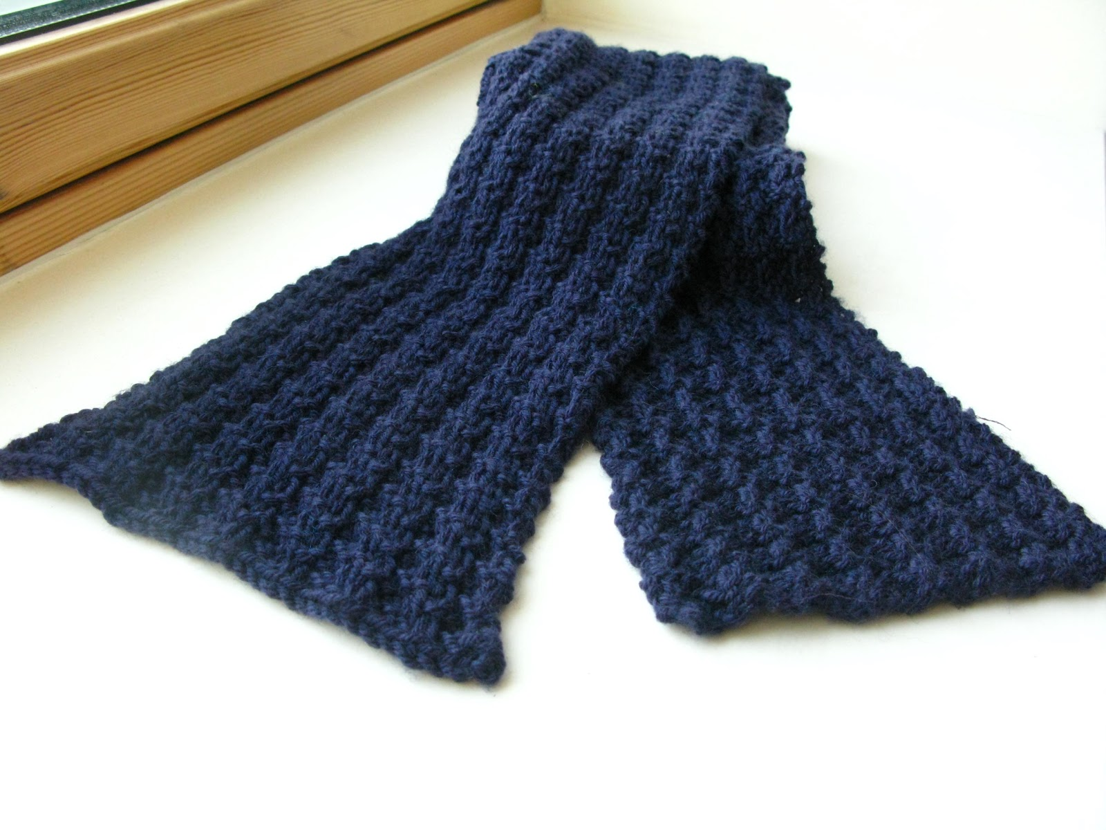Knitting Pattern Of Scarf : littletheorem: Klein Scarf