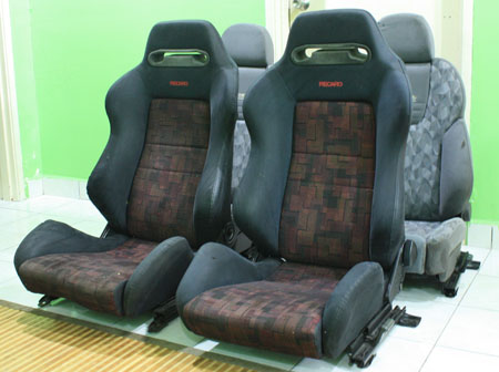 dingz garage seat recaro evo 4 complete. Black Bedroom Furniture Sets. Home Design Ideas