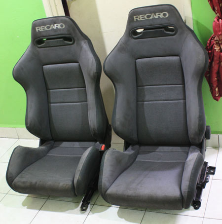 dingz garage seat recaro evo 3 complete. Black Bedroom Furniture Sets. Home Design Ideas