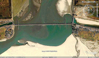 Kosi barrage, left & right canal discharge