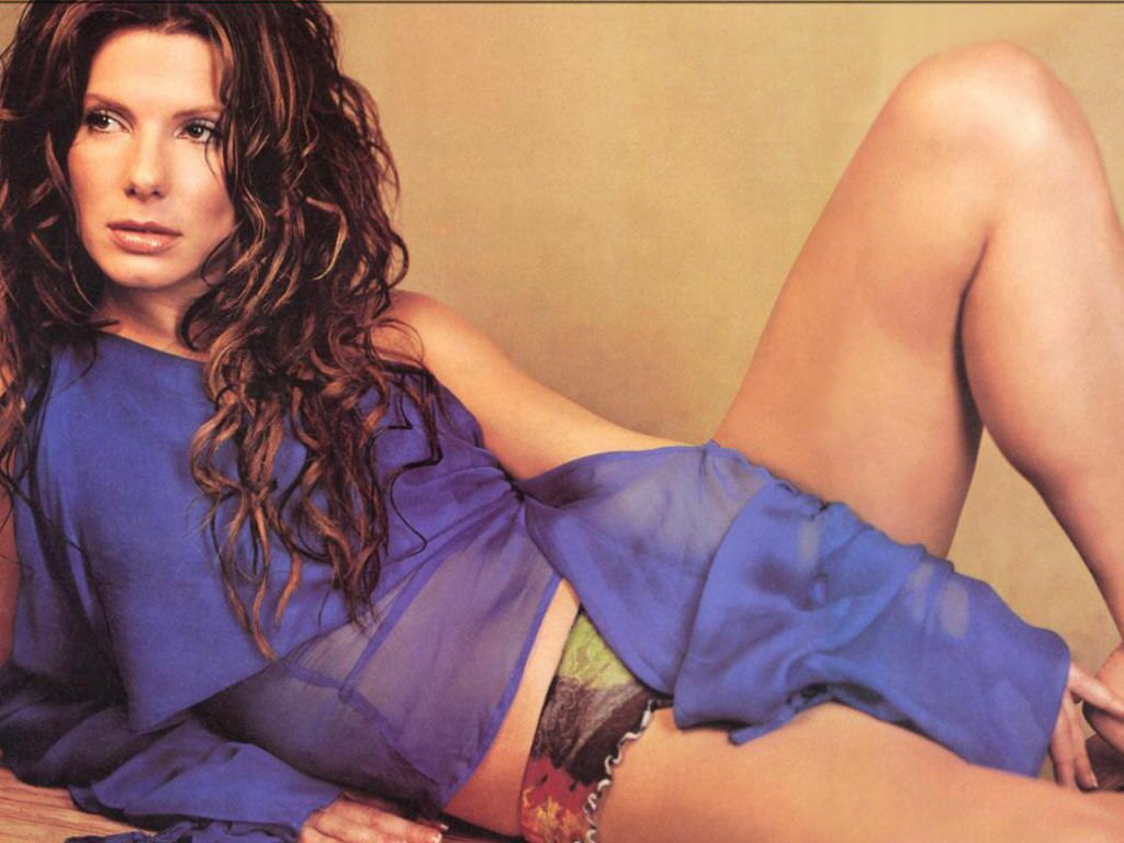 http://2.bp.blogspot.com/_lWnJEx1aTgA/TCmkAd3p3MI/AAAAAAAACxo/HK4tklnrOUw/s1600/Sandra+Bullock.jpg