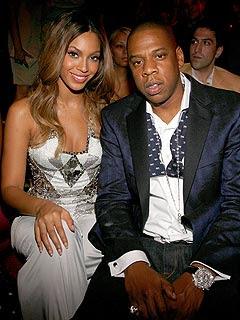 Beyonce Reveals Pregnancy On VMA