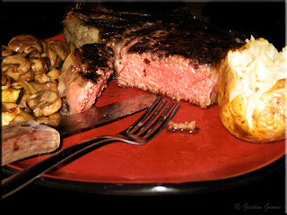 prime rib roast plated
