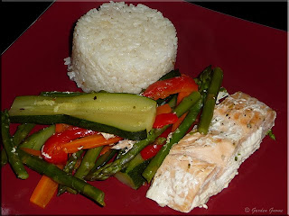 salmon and vegetable packets