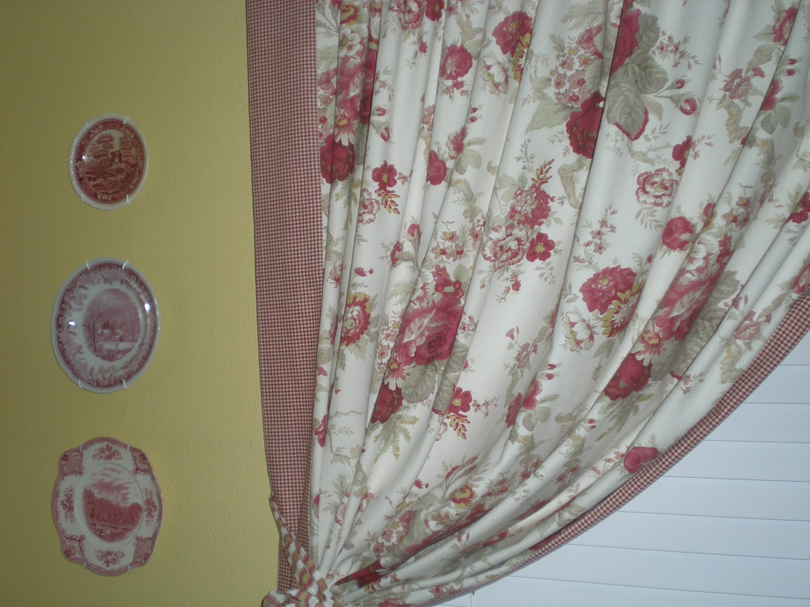 Waverly Tablecloth Transformation . . . French Country Curtains