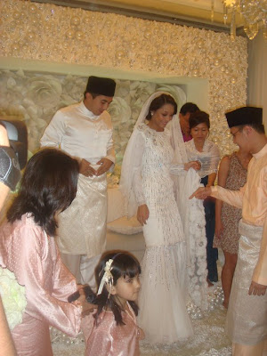 Gambar Perkahwinan Marion Caunter Dan SM Nasarudin