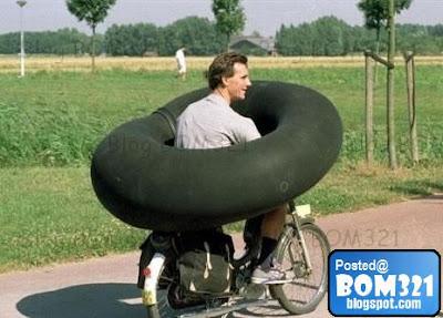 Canggih! Motosikal Dilengkapi Dengan Air Bag (Beg Udara)