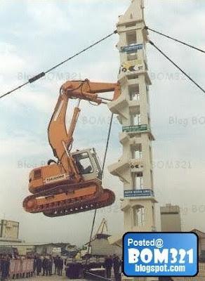 Menguji Kekuatan Sesebuah Traktor !