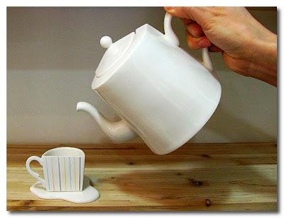 spill teapot