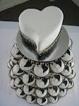 black & white heart cupcakes