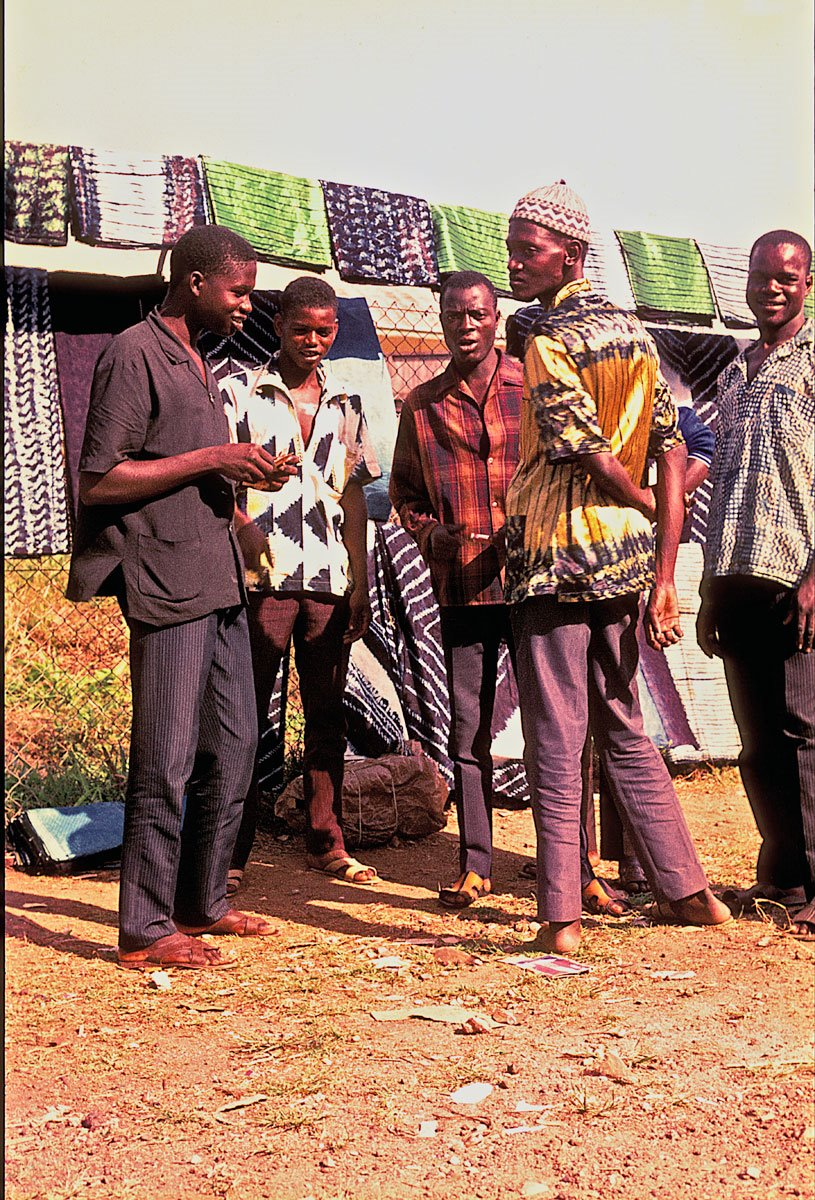 Fula garra sellers at Kenema