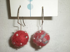 Red Swirl, White beads