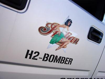 Hummer H2 Bomber