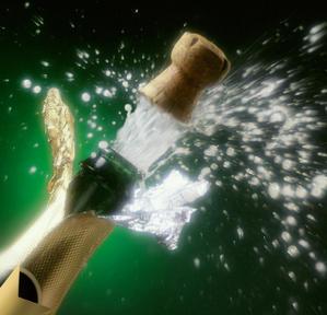 http://2.bp.blogspot.com/_lfgbyIXgBNI/SwWOVabBBSI/AAAAAAAABfs/Ci4PexFbnUw/s1600/Champagne-1.jpg
