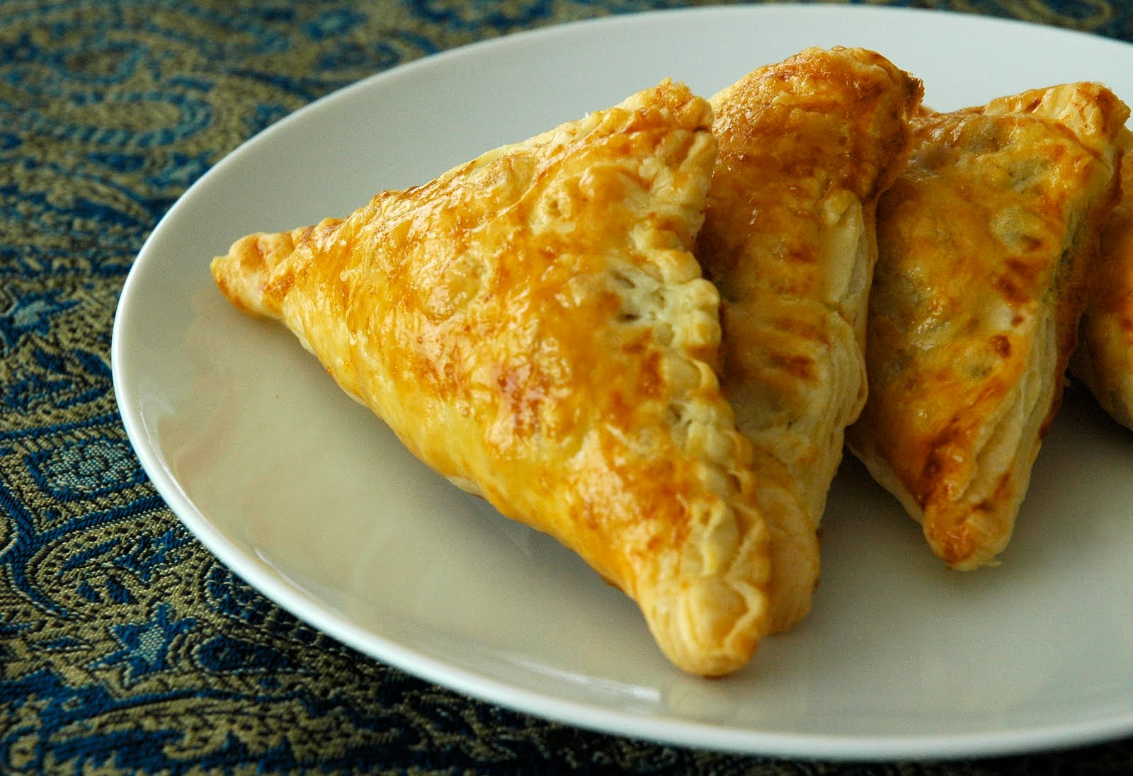 Olives & Bread: Vegetable Samosa with Puff Pastry