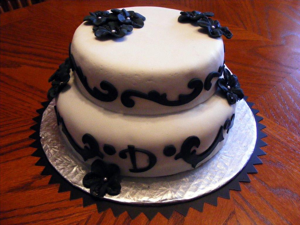 Js Custom Cakes Cupcakes Vampire Goth Cake