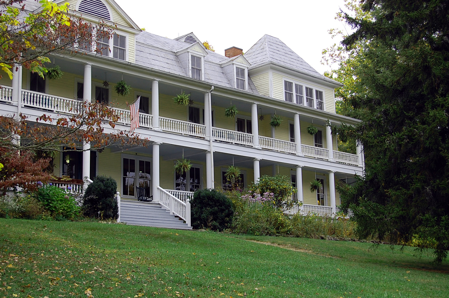 Balsam Mountain Inn Haunted Balsam Mountain Inn