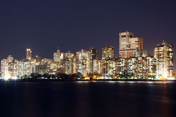 essay on bombay the city of dreams