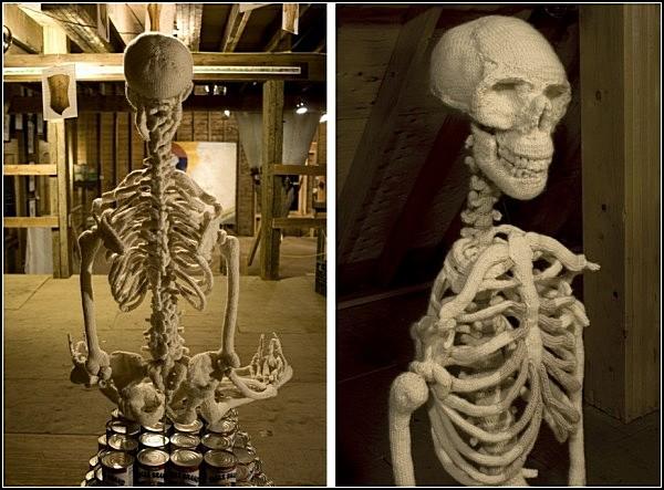 Strick dir einen - Skelett in Handarbeit ~ HeulNicht