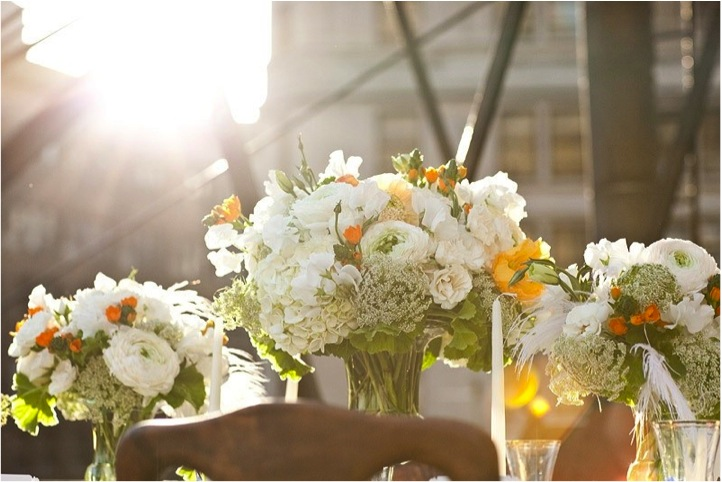 rooftop-wedding-summer-centerpiece