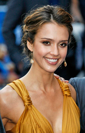 or something like Jessica Alba's hair below. I'm pretty good at braiding