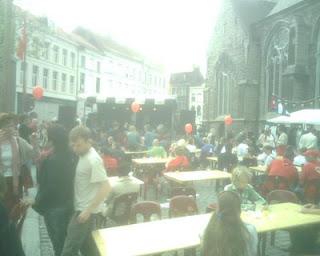 Bij de Sint Jacobs kerk in Gent