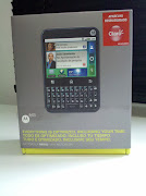 Celular Motorola MB502 .
