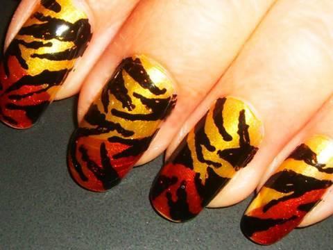 zebra+print+nails+designs