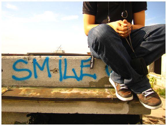 [SMILE.jpg]