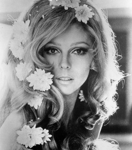VINTAGE BLOG Nancy Sinatra