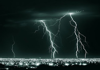 Lightning around Hermosillo