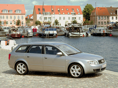 Audi A4 Avant Audi A4 B6 (2000-2005) An all-new A4 debuted in late 2000,