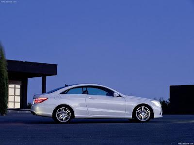 Mercedes-Benz retira 85,000 automóviles 1
