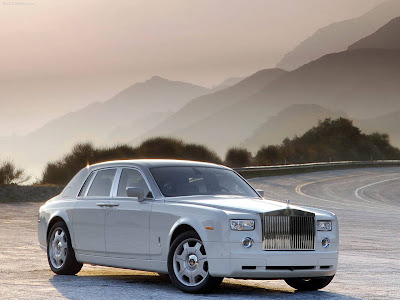 rolls royce phantom wallpaper. Latest Rolls-Royce Phantom in