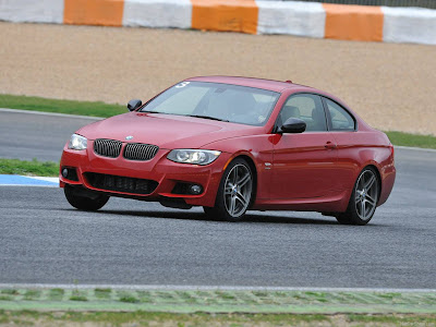Auto Sport 2011: 2011 BMW 335is Coupe