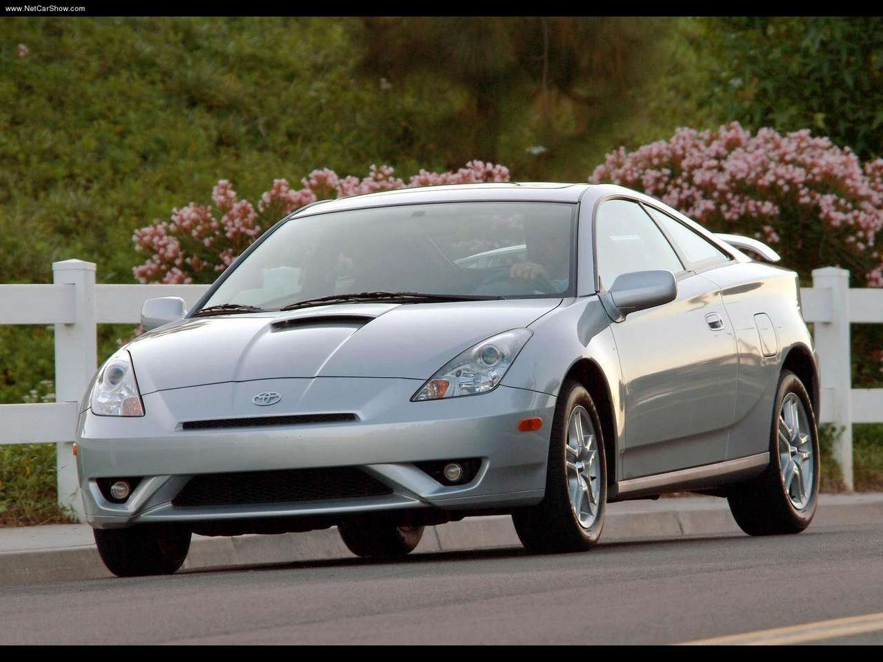 http://2.bp.blogspot.com/_lsyt_wQ2awY/TGJtl3mq0vI/AAAAAAACDZE/ibmCuuzG-60/s1600/Toyota-Celica_GTS_2003_1280x960_wallpaper_03.jpg