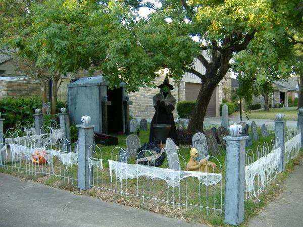 Brilliant Homemade Halloween Yard Decoration Ideas 600 x 450 · 69 kB · jpeg
