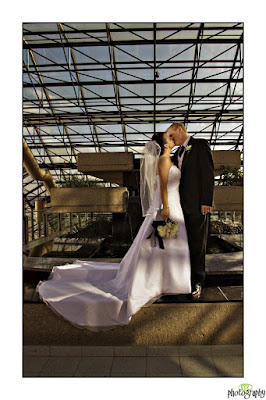Shaw conference centre - wedding photograph