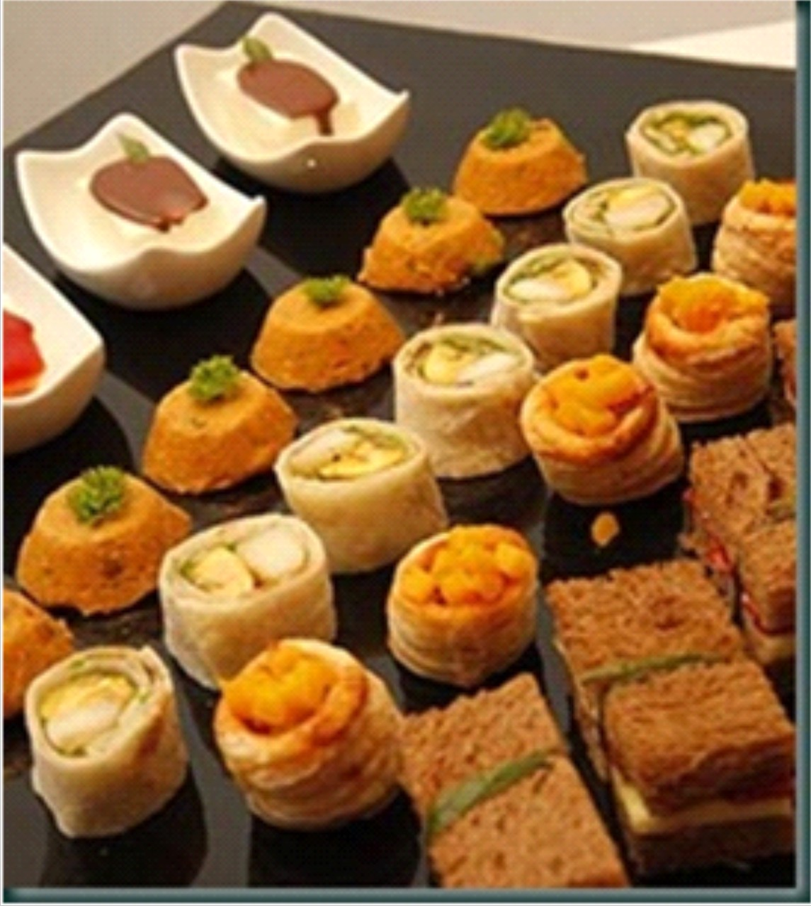 Sabores e sons finger food for Canapes para o natal