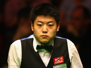 Веньбо Лян доказывает на чемпионате Британии, что является самым интересным игроком китайского снукера