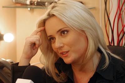 Бившата водеща Лора Крумова