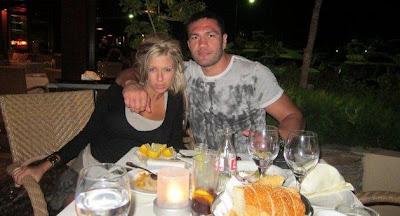Истинските Андреа и Кубрат на почивка в Гърция