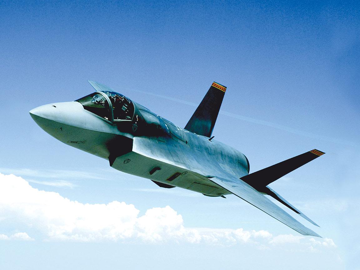 http://2.bp.blogspot.com/_m1Z6uxpmlU8/TLtdyIGAQOI/AAAAAAAAB5Q/u_iJIDMYDP4/s1600/F-35_JSF_%28Joint_Strike_Fighter%29,_UK_Royal_Navy.jpg