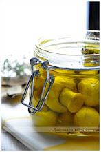 Conserva de champiñones en aceite de oliva