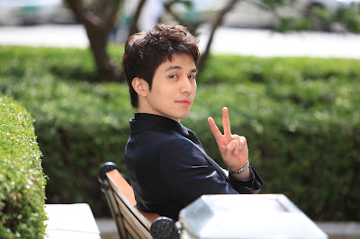 Lee Dong Wook Partners5