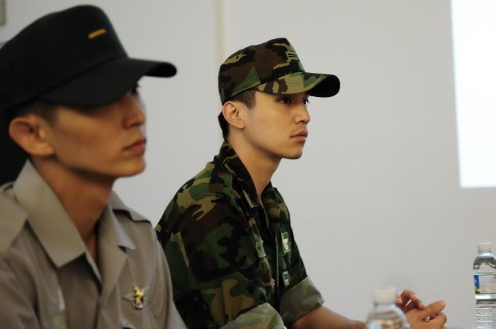 Nossos maridos made in Ásia - Página 10 Army16